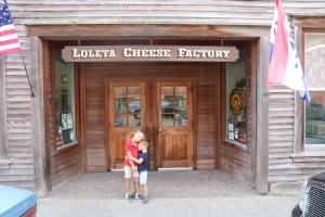 Loletta Cheese Factory kindly walked us through the cheese making process & provided lots of yummy samples!