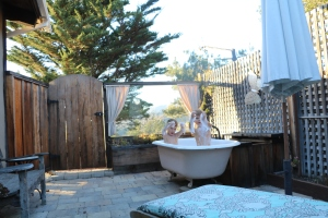 Best idea ever - a tub outside at the house!